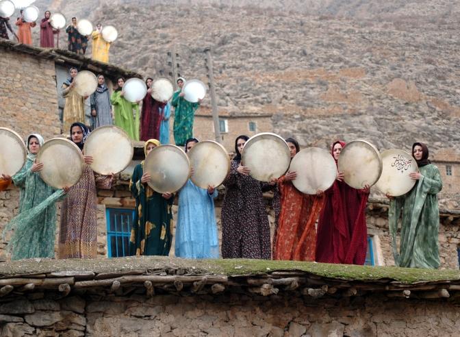 Kurdistán :: Dinámicas moleculares